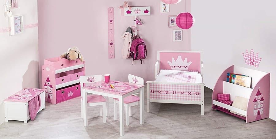 mesas y sillas para niñas